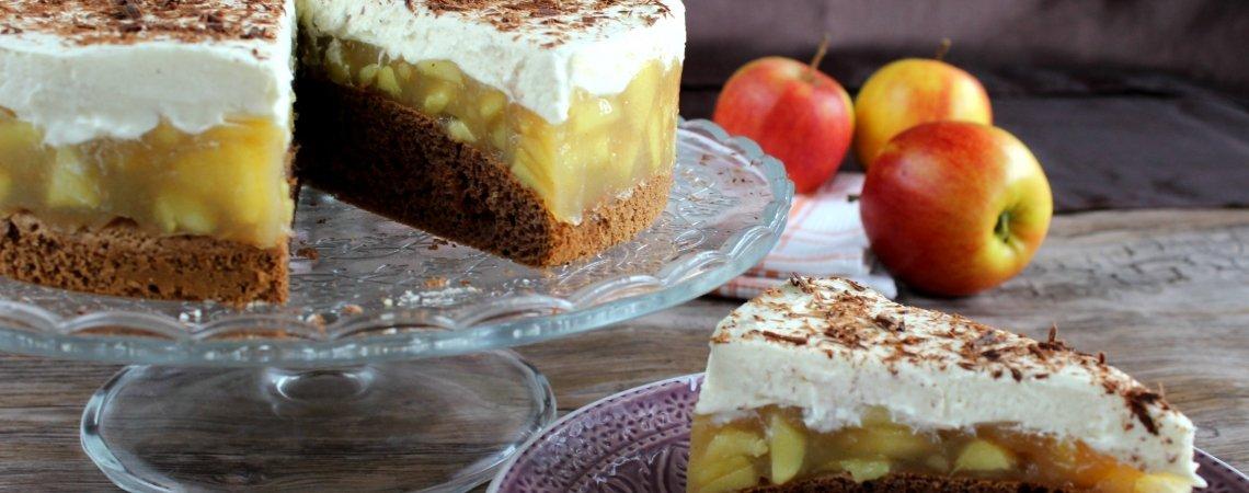 herrlich winterliche Torte mit Apfel, Zimt und Lebkuchen