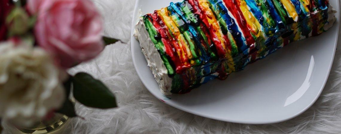 Gute Laune Regenbogen-Kuchen