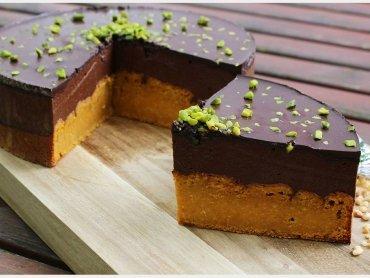 Vegane Pumpkin Spice Schokomousse Torte