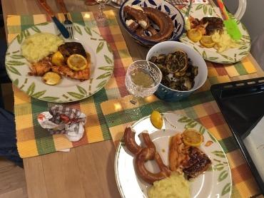 Fleisch mit Püree und Bretzel für Deutschland