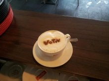 Gutschein im Café Votiv für 1+1 Cappuccino gratis