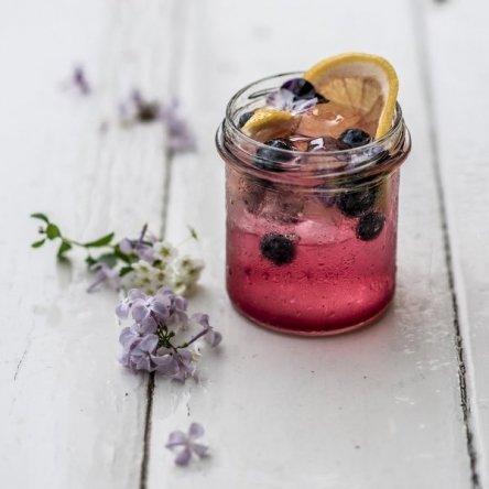 Genieße homemade Durstlöscher!