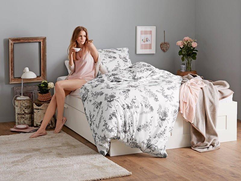 online gutschein tchibo. Black Bedroom Furniture Sets. Home Design Ideas